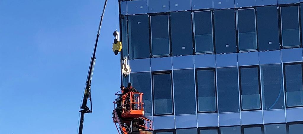Glasmontage in der Höhe